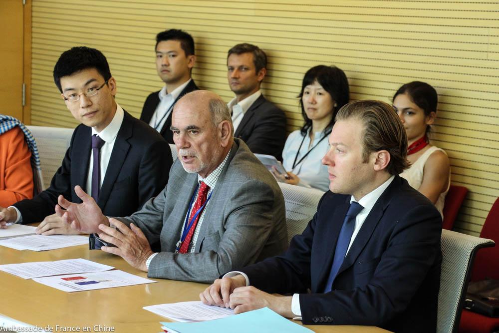 9304059b8c8c Le sénateur Yung a à cette occasion rencontré la presse chinoise pour  présenter les enjeux de la collaboration avec la France dans le domaine de  la lutte ...